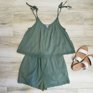 Women's AERIE Olive Green Romper. XS